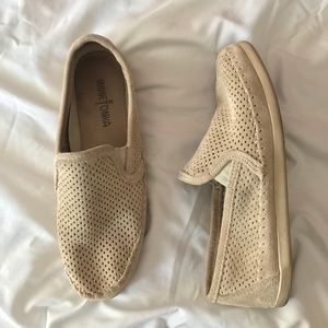 Minnetonka Pacific Perforated Slip On Stone Suede
